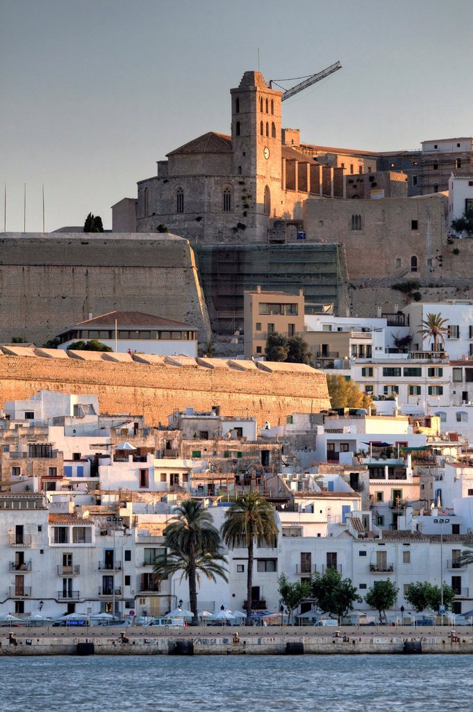 Stock Photo: 1436R-439840 Spain, Balearic Islands, Ibiza, view of Ibiza old town UNESCO site, and Dalt Vila