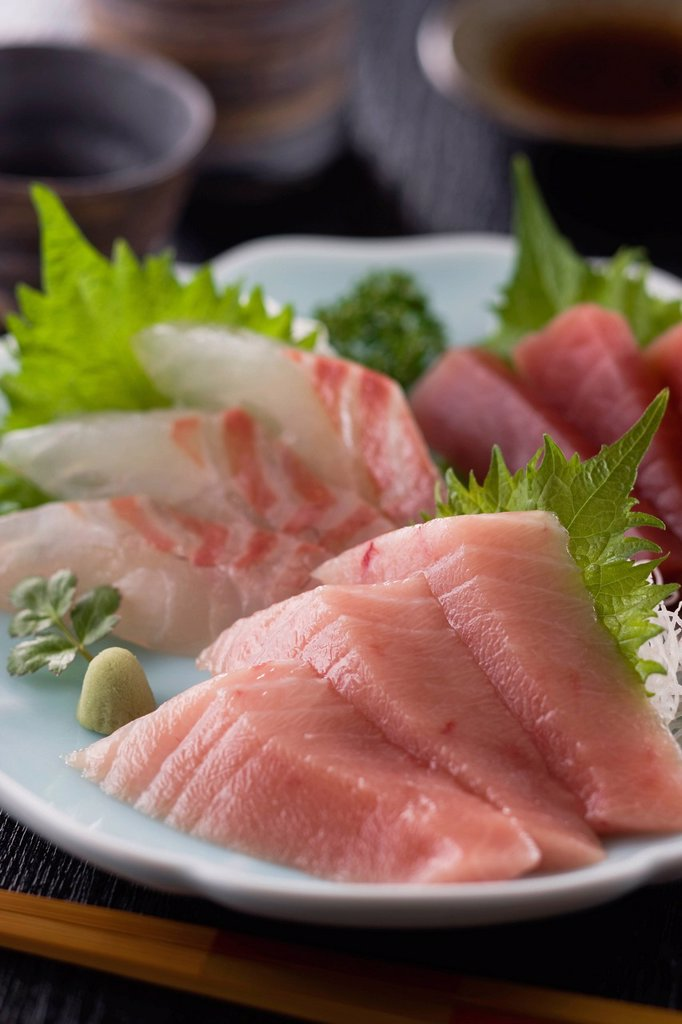 Stock Photo: 1436R-441725 Three Assorted Sashimi, Medium Fatty Tuna, Lean Tuna and Sea Bream