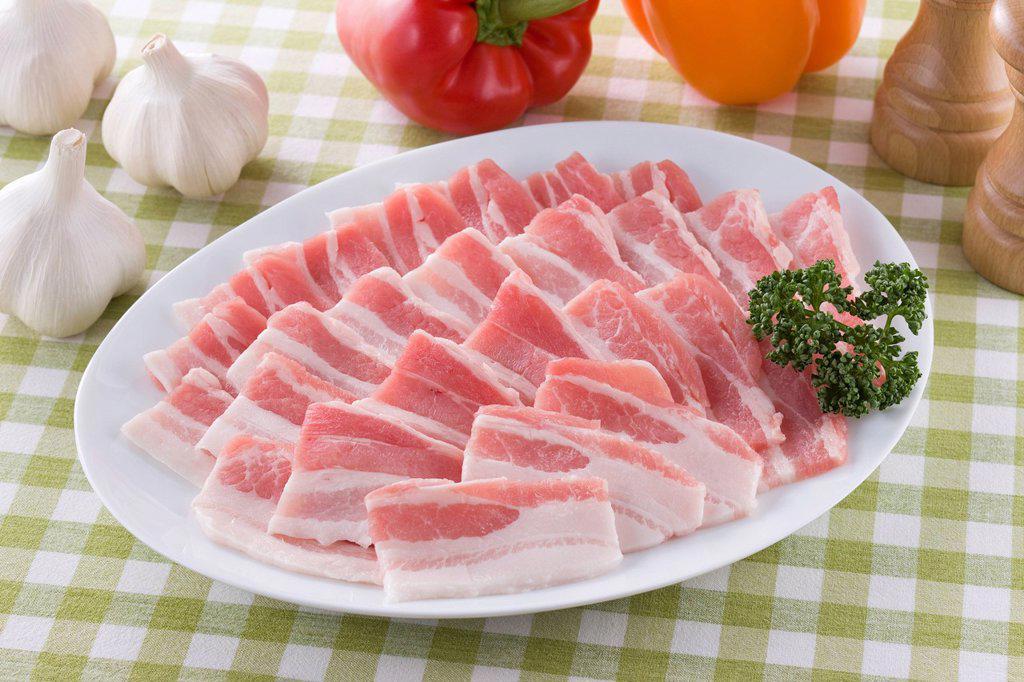 Stock Photo: 1436R-442845 Sliced Back Rib of Pork