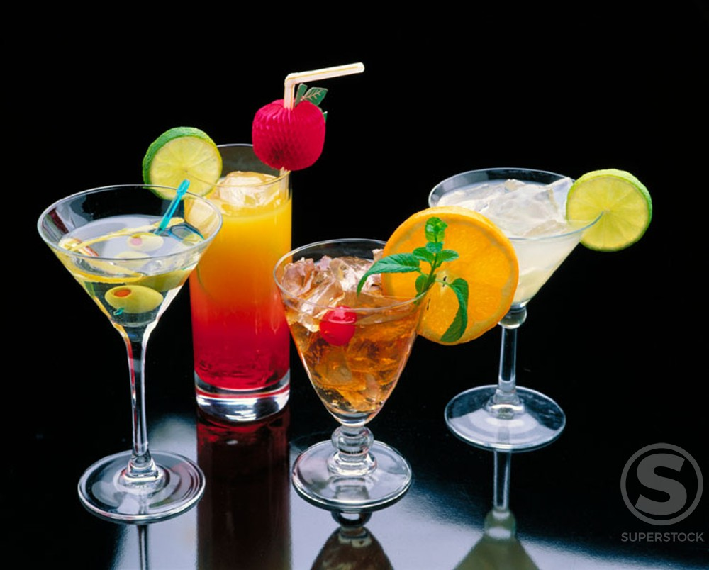 Stock Photo: 1436R-49065 Cocktails
