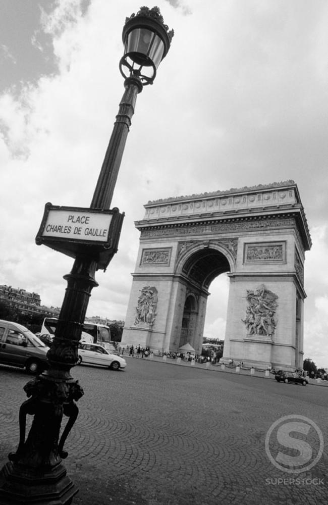 Arc de Triomphe. Paris. France. : Stock Photo