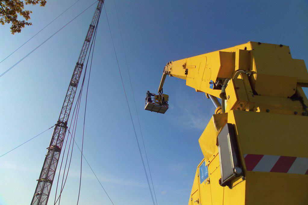Stock Photo: 1439R-01767 Maintenance work
