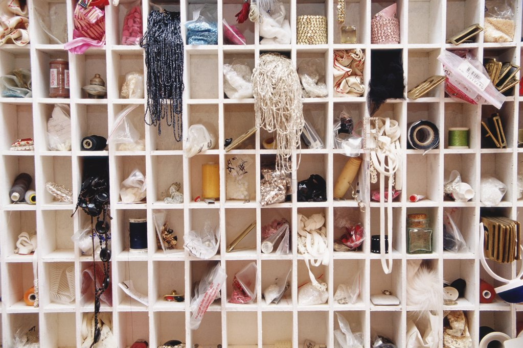 Stock Photo: 1439R-04441 Haberdashery items on shelf