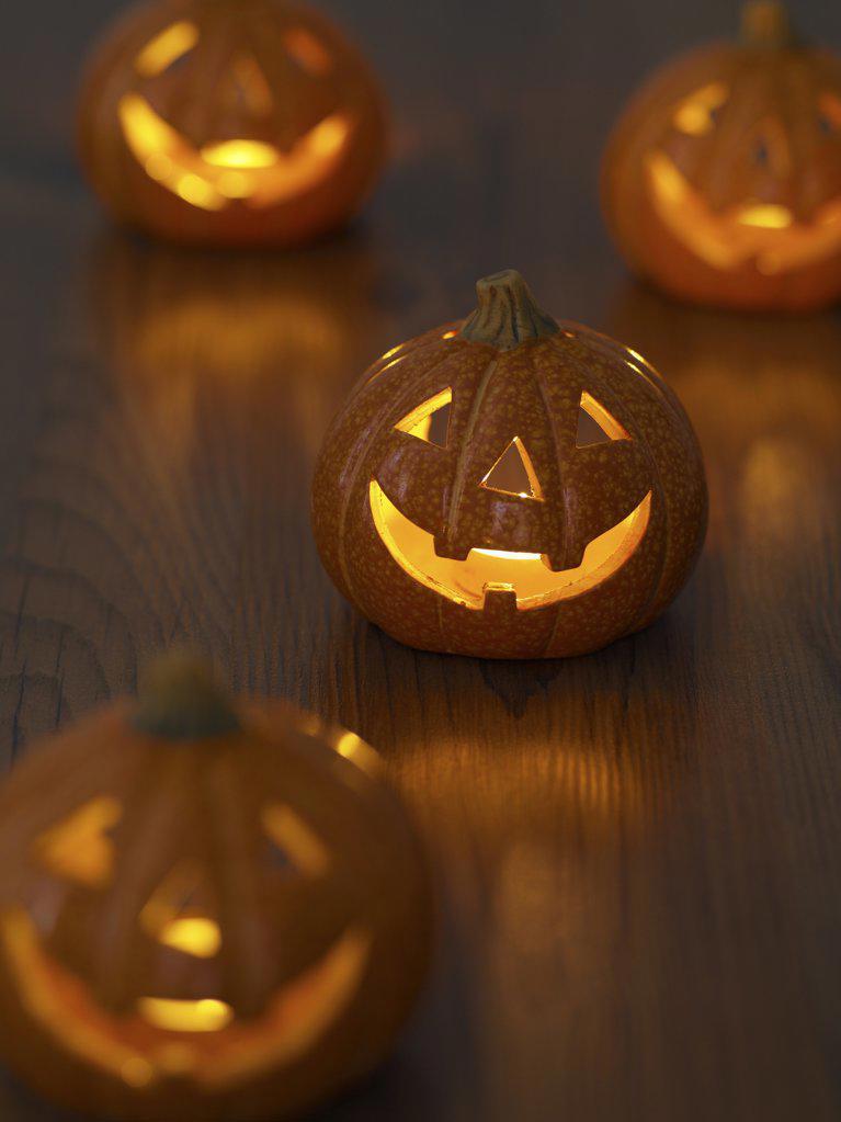 Jack o lanterns : Stock Photo