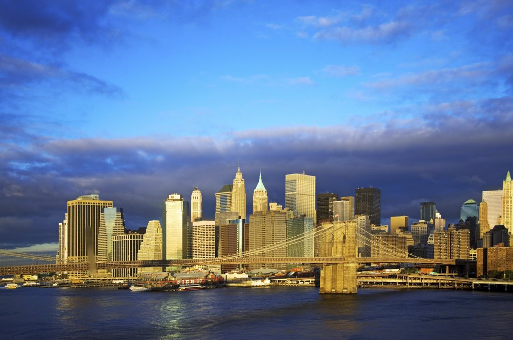 Brooklyn bridge and new york skyline : Stock Photo