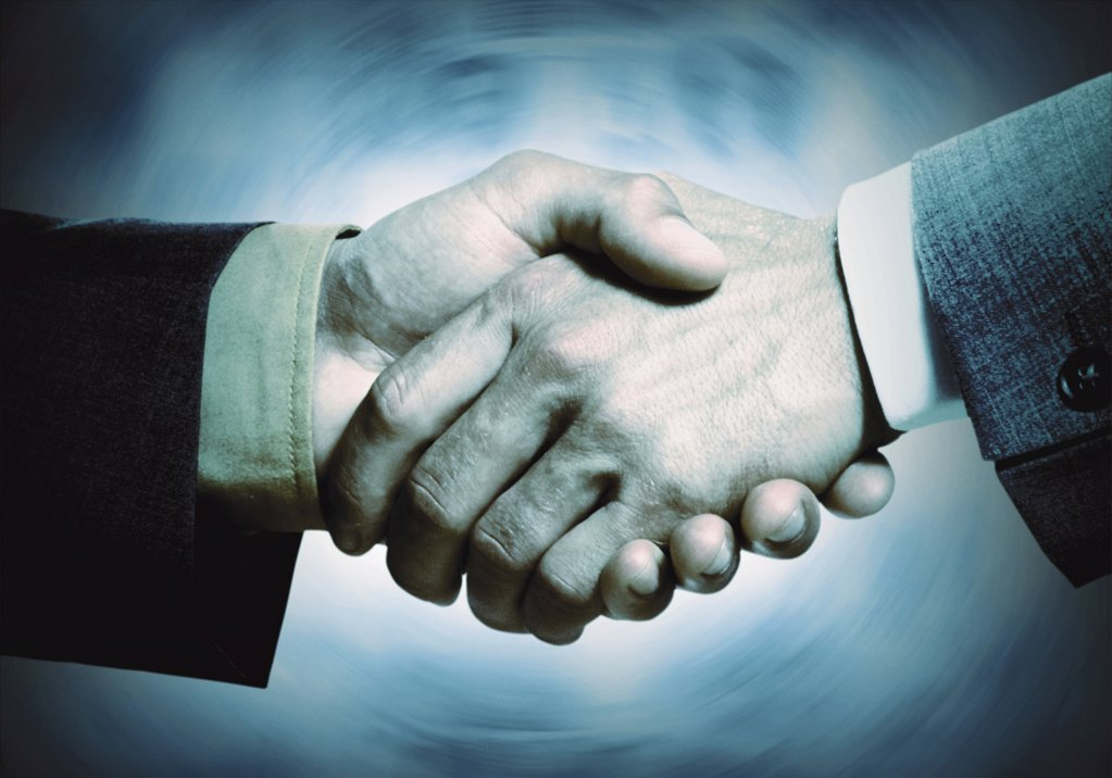 Stock Photo: 1439R-1071406 Handshake