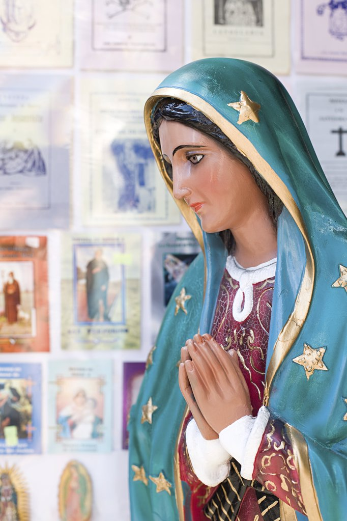 Virgin mary statue : Stock Photo