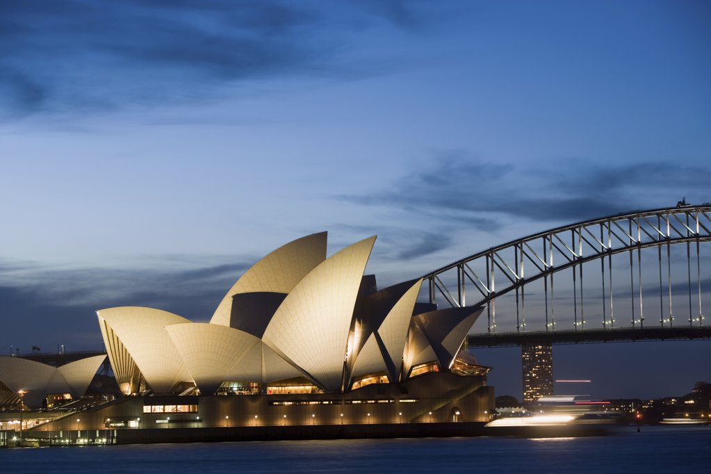 Stock Photo: 1439R-1101274 Sydney opera house and harbour bridge at night