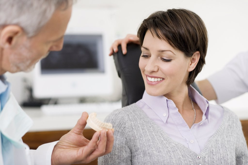 Stock Photo: 1439R-1103851 Woman and dentist