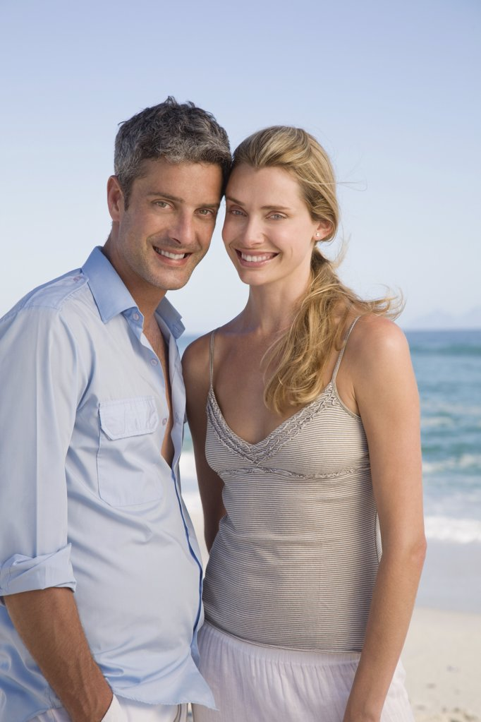 Couple at the coast : Stock Photo