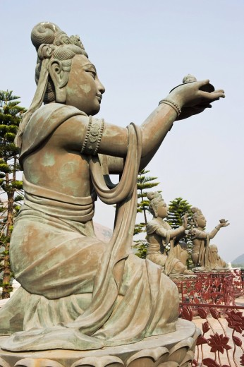 Statues at po lin monastery : Stock Photo