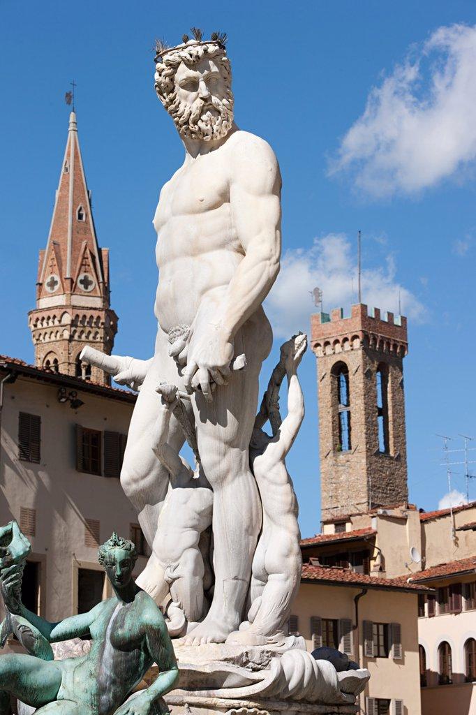 Neptune fountain in Piazza della Signoria, Florence, Italy : Stock Photo