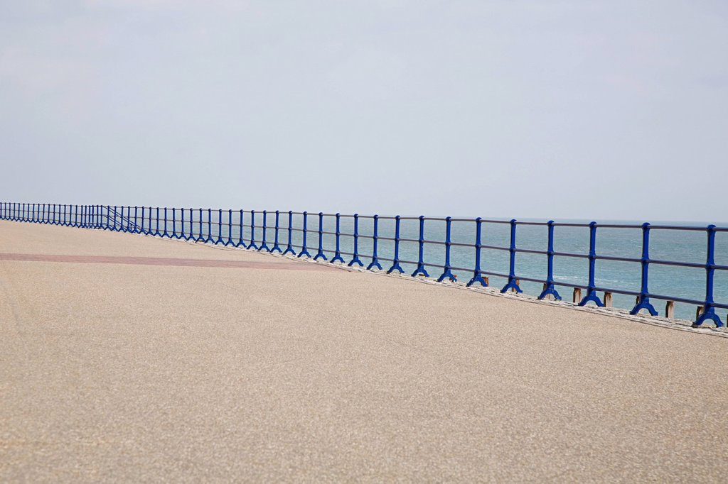 Stock Photo: 1439R-1131831 Blue railings and promenade