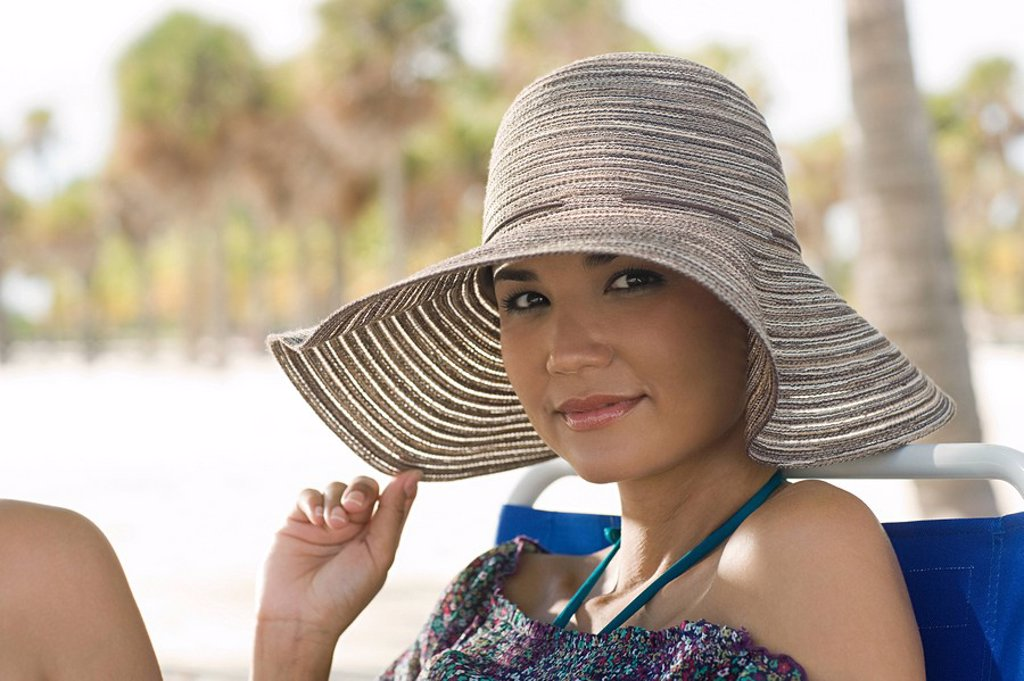 Woman wearing sunhat : Stock Photo