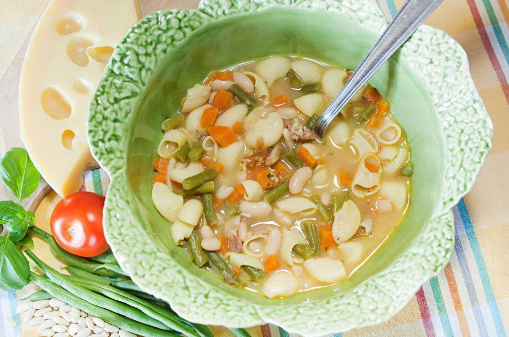 Stock Photo: 1439R-1132071 Soupe au pistou