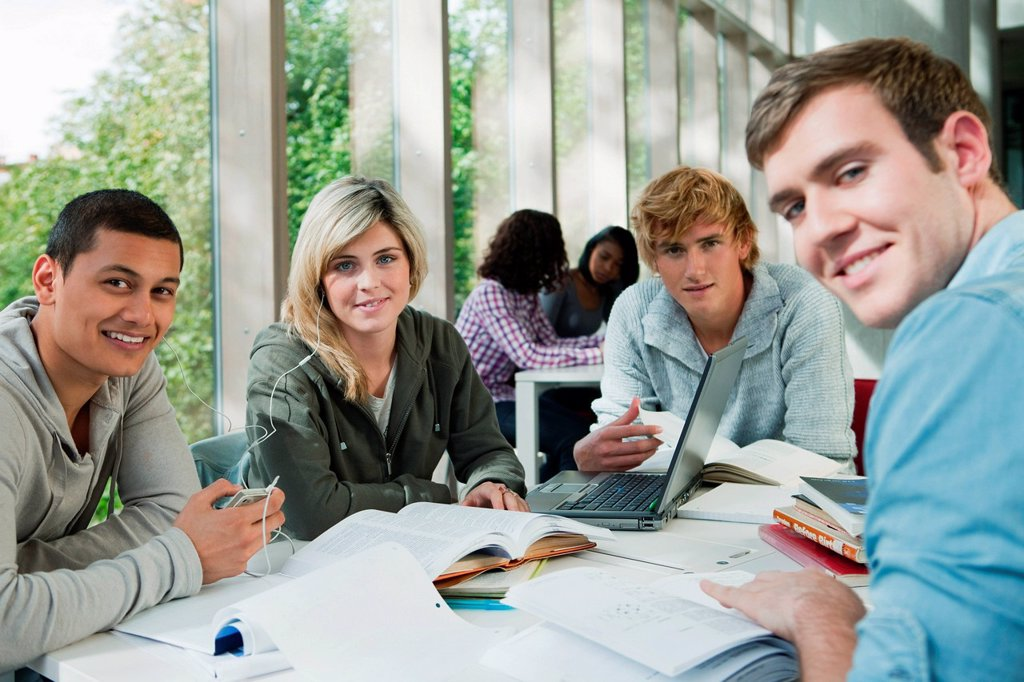 Stock Photo: 1439R-1141178 University students working together, portrait