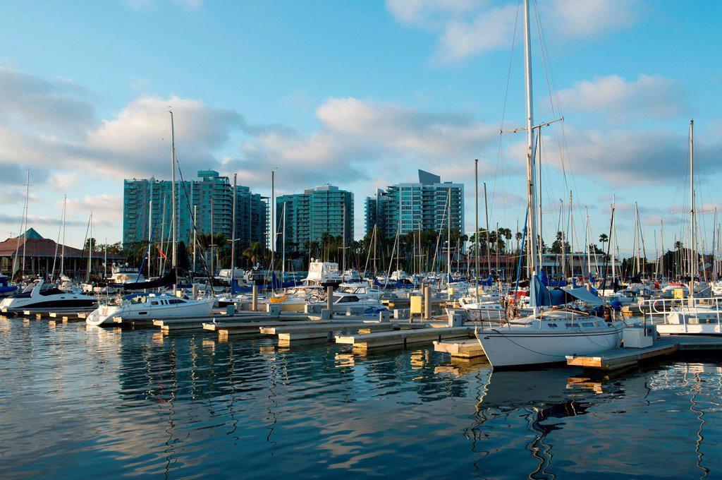 Stock Photo: 1439R-1147688 Boats in marina, venice beach, california, usa