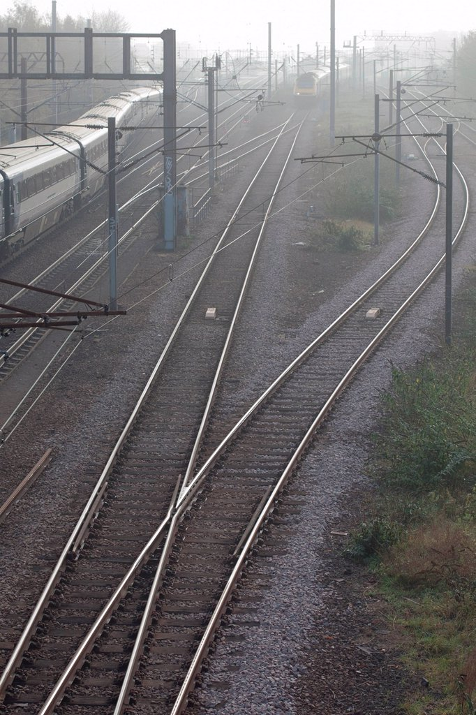 Stock Photo: 1439R-1149709 Train and railway track, Finsbury Park, London