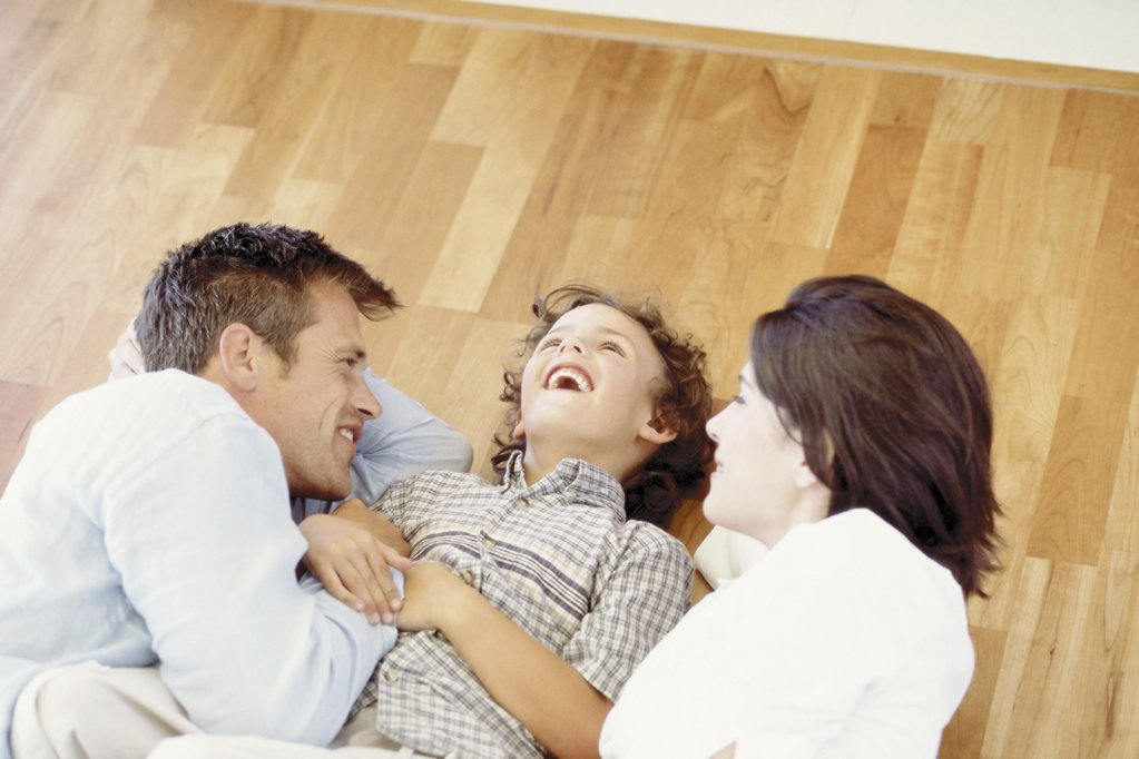 Stock Photo: 1439R-51085 Young couple with son