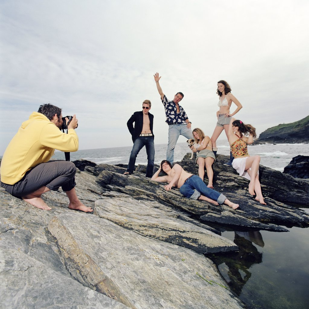 Stock Photo: 1439R-545065 Posing for photographs