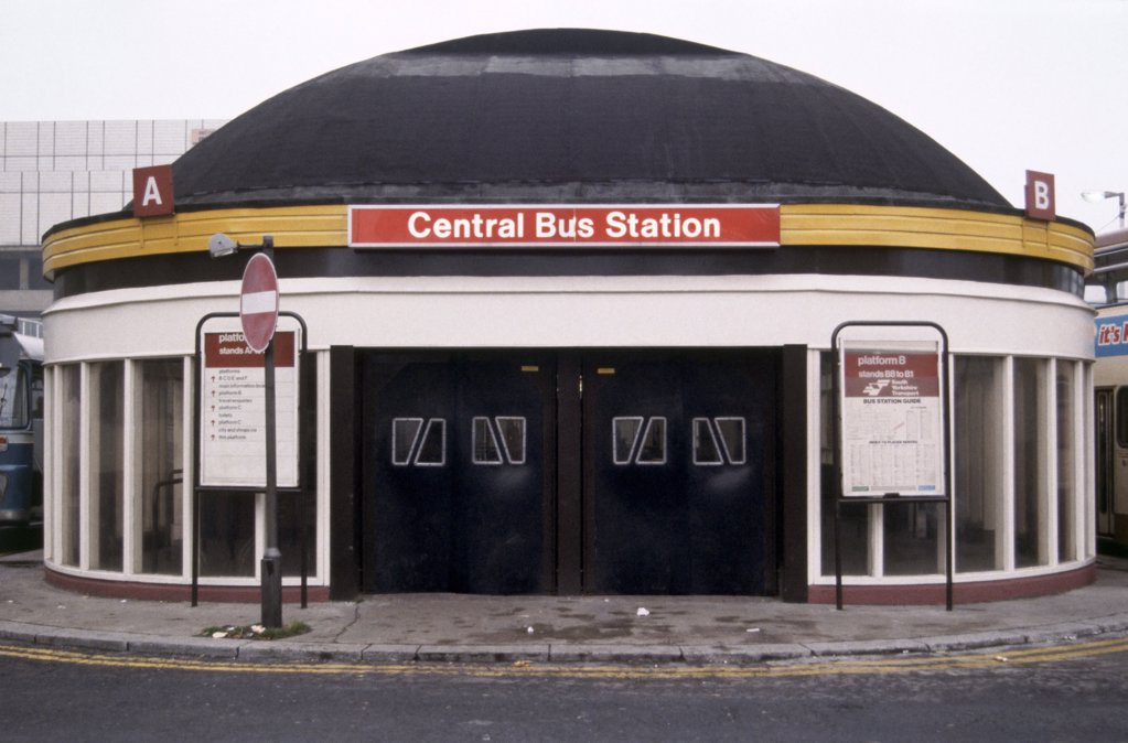 Stock Photo: 1439R-61044 Bus station