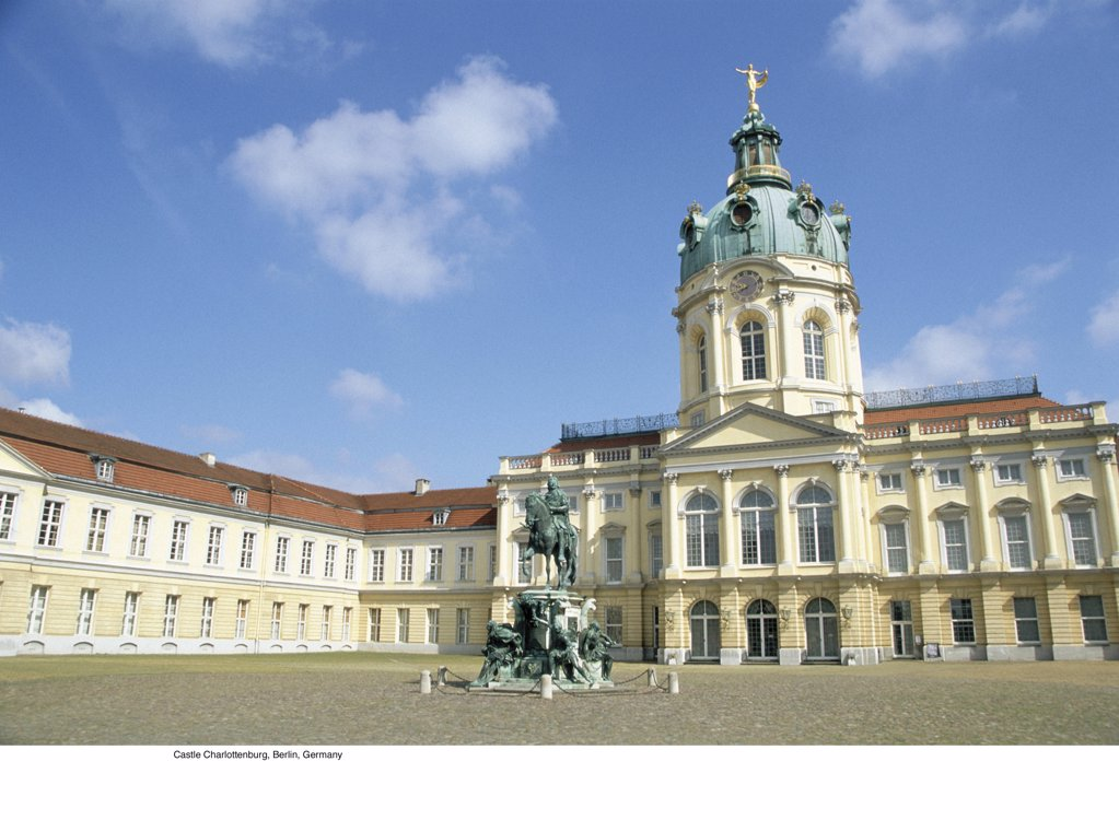 Stock Photo: 1439R-701026 Castle Charlottenburg, Berlin, Germany