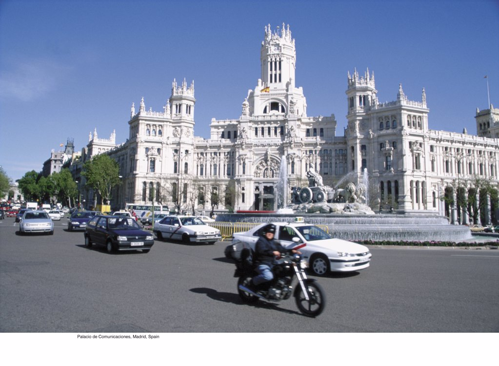 Stock Photo: 1439R-702043 Palacio de Comunicaciones, Madrid, Spain
