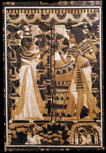 Stock Photo: 1443-232 Tutankhamen & Wife Ankhesenamen in the Garden