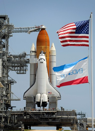 Stock Photo: 1457-1341 Space Shuttle Endeavour is in place to launch, Kennedy Space Center, Cape Canaveral, Florida, USA