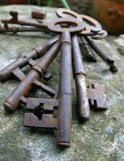 Stock Photo: 1467-2006 Close-up of antique keys