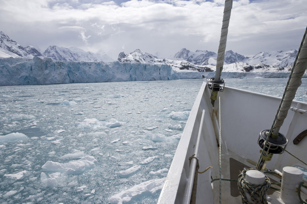 Stock Photo: 1482R-1521 Sailboat in the sea, Golden Fleece, Iris Bay, South Georgia Island, South Sandwich Islands