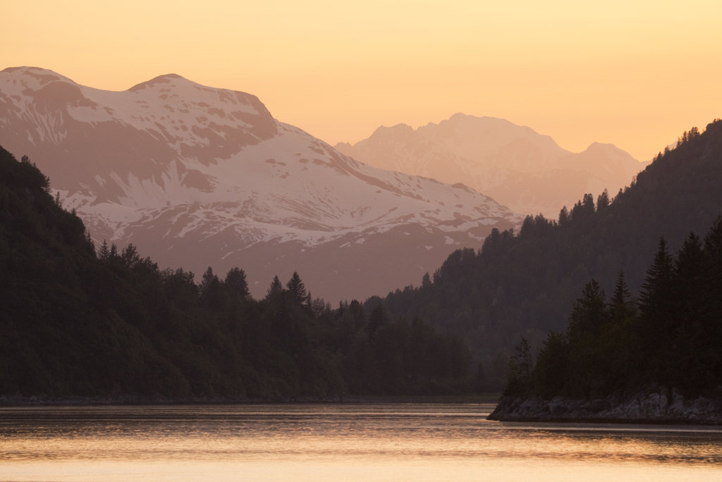 Mountains at sunset, Blue Mouse Cove, Glacier Bay National Park, Alaska, USA : Stock Photo