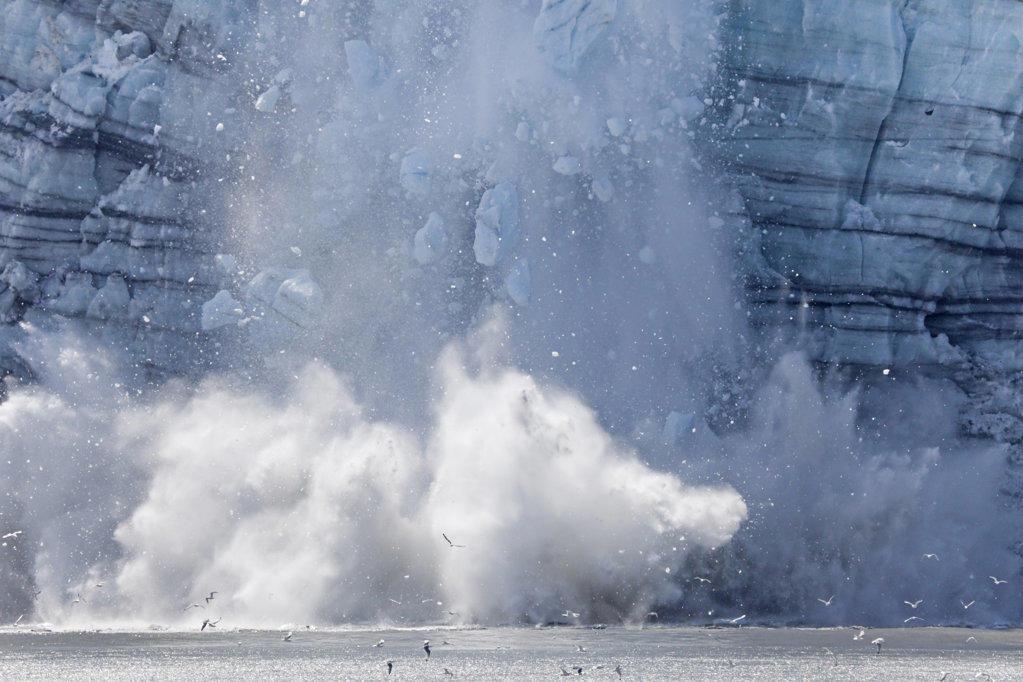 Stock Photo: 1482R-1933A Icebergs calving with splash from the glacier, Margerie Glacier, Glacier Bay National Park, Alaska, USA