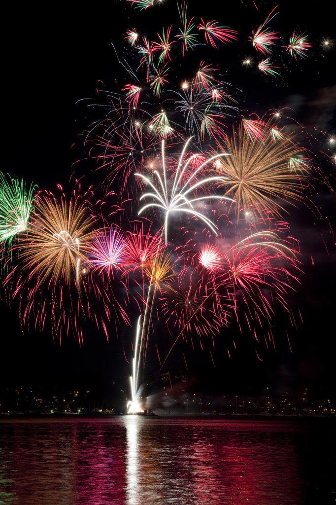 Stock Photo: 1482R-2219 USA, Washington State, Poulsbo, Fourth of July Fireworks