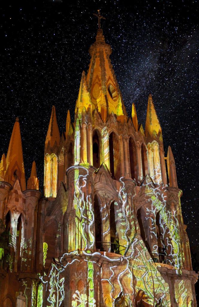 Mexico, Guanajuato, San Miguel de Allende, Laser Light Show on La Parroquia : Stock Photo