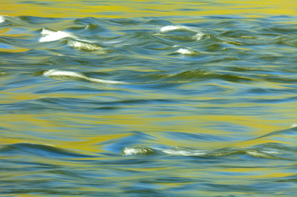 Stock Photo: 1482R-2741 USA, Oregon, Deschutes River State Park, Abstract of moving water