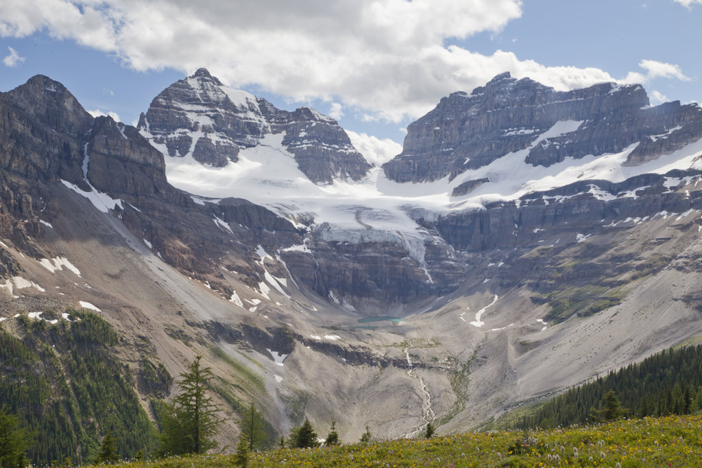 Stock Photo: 1482R-2998 Canada, Mount Assiniboine Provincial Park, View from Cirque of Towers and Terrapin, Mts. Gloria and Eon