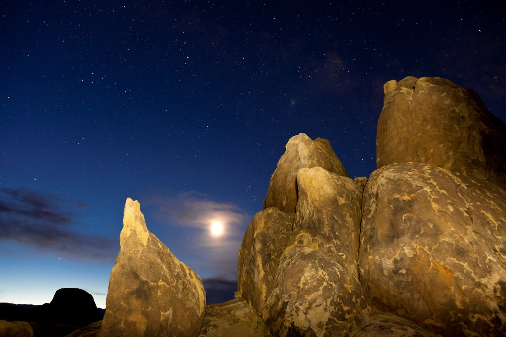 Stock Photo: 1482R-3280 USA, California, Predawn sky with moon, Alabama Hills, near Lone Pine