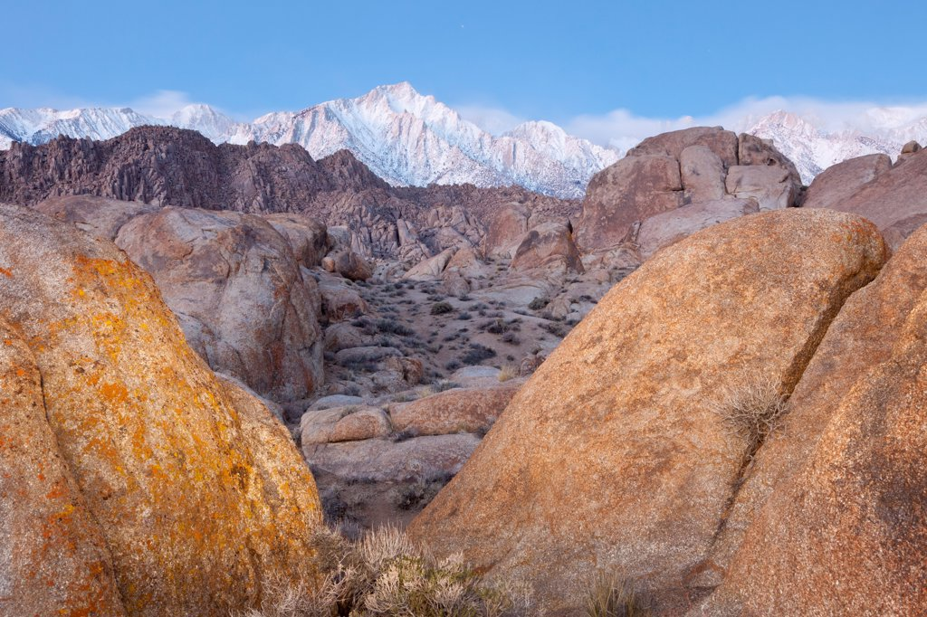 Stock Photo: 1482R-3282 USA, California, Alabama Hills and Sierra Mountains, near Lone Pine