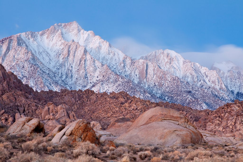 Stock Photo: 1482R-3283 USA, California, Lone Pine Peak and Alabama Hills, near Lone Pine