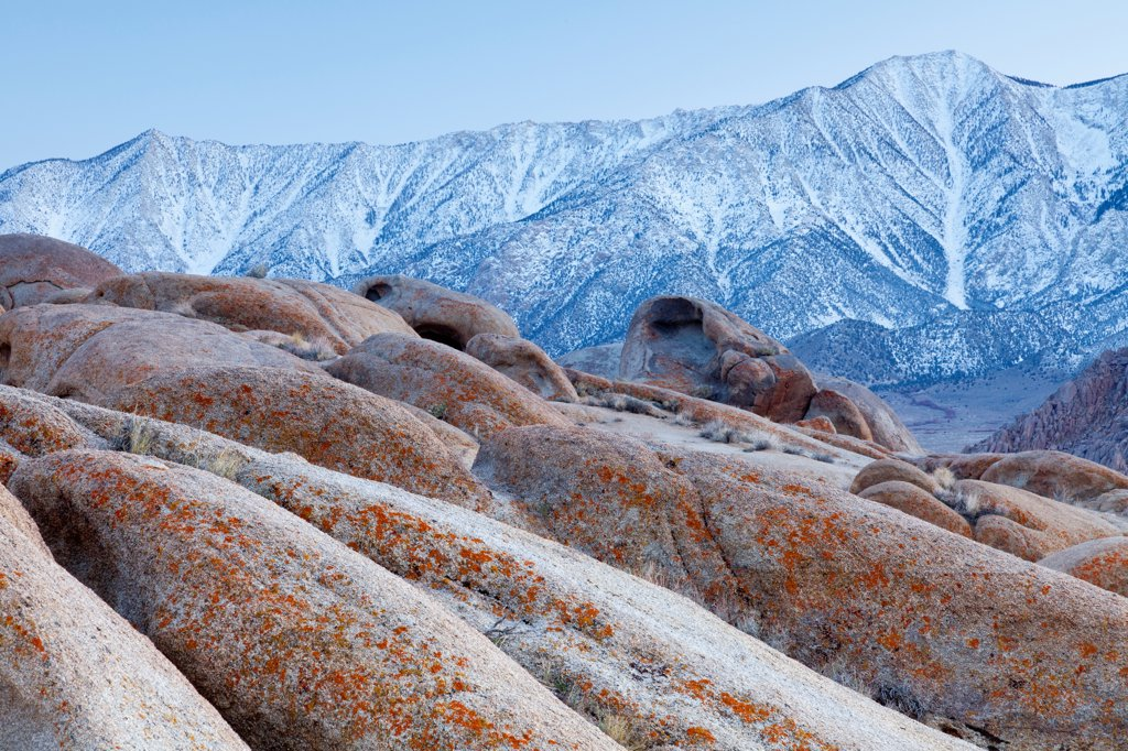 Stock Photo: 1482R-3292 USA, California, Alabama Hills and Sierra Mountains, near Lone Pine