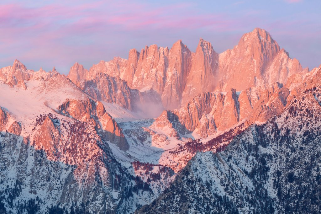 Stock Photo: 1482R-3295 USA, California, Sunrise, Mount Whitney