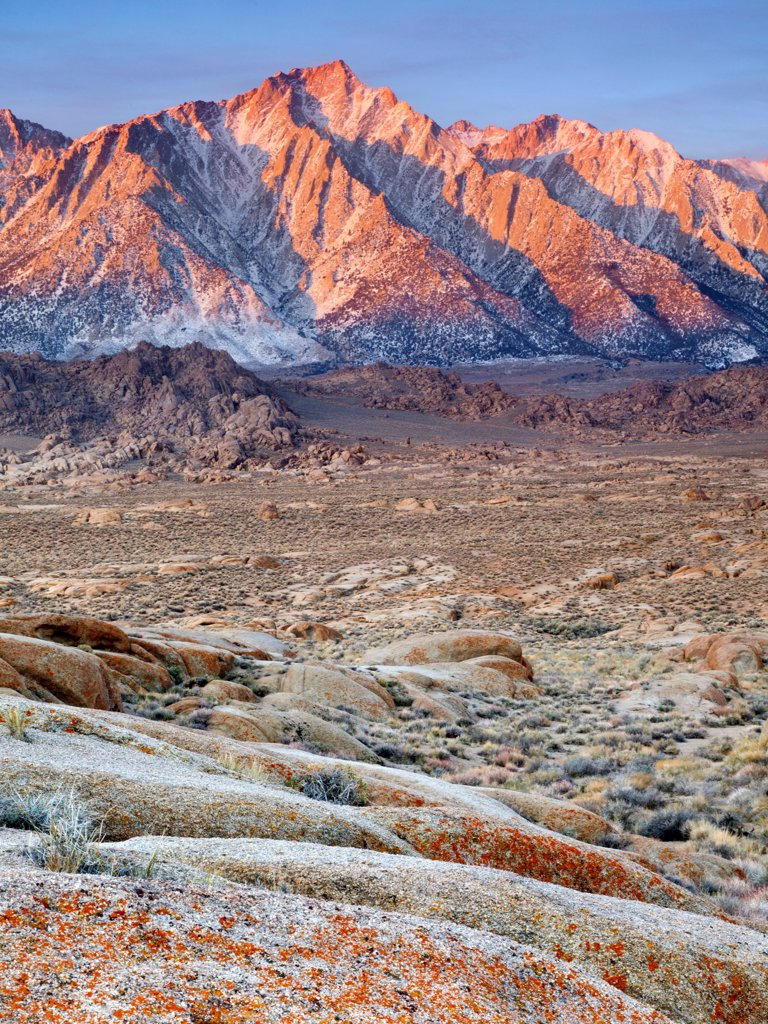 Stock Photo: 1482R-3302 USA, California, Lone Pine Peak from Alabama Hills, near Lone Pine