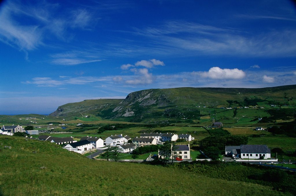 Stock Photo: 1486-10003 High angle view of a village, Glencolumbkille, Ireland