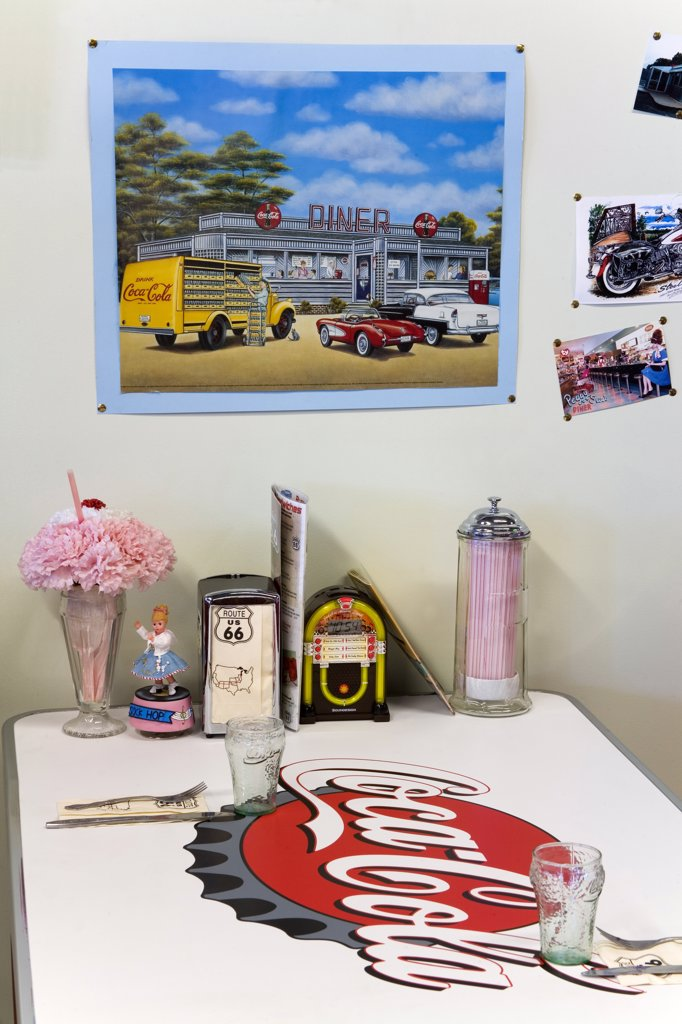 Nostalgic items on a table, California Route 66 Museum, Route 66, Victorville, California, USA : Stock Photo