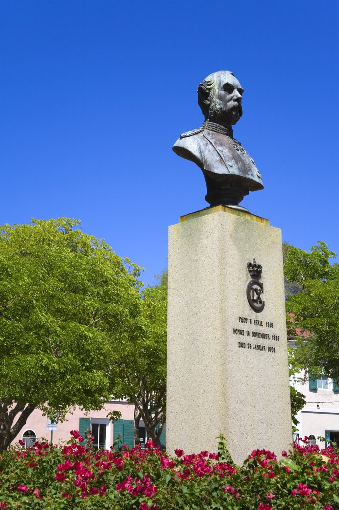 Low angle view of a bust of the Danish King Christian V, Emancipation Garden Park, Charlotte Amalie, St. Thomas, US Virgin Islands : Stock Photo