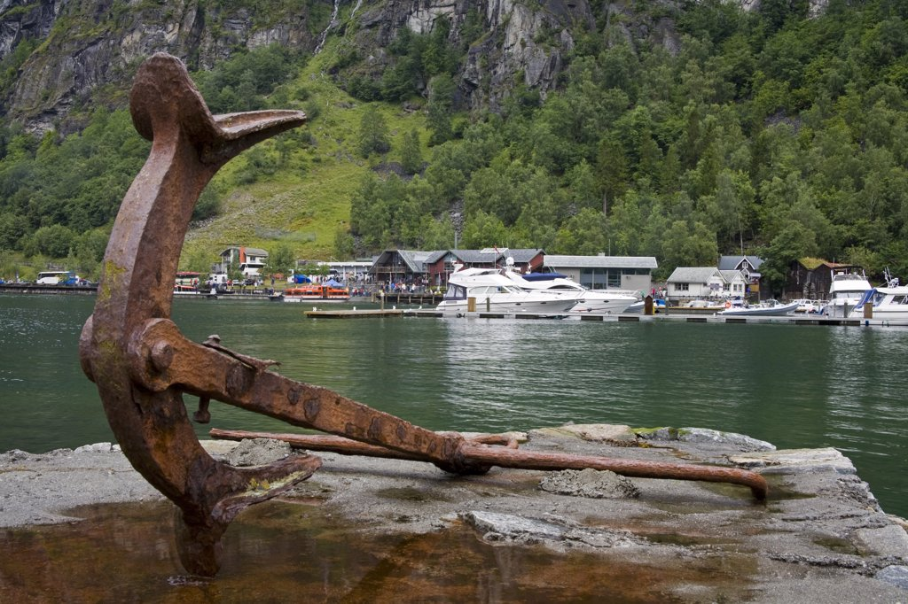 Rusty anchor on a pier, Geiranger, Geirangerfjord, More og Romsdal, Sunnmore, Norway : Stock Photo