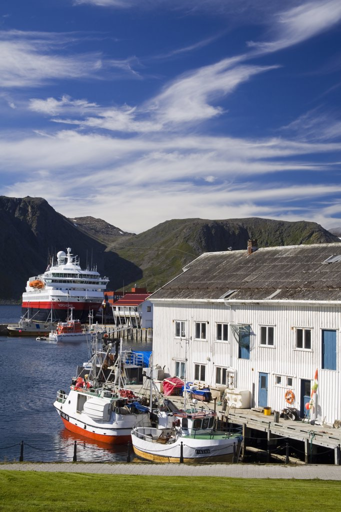 Boats moored at a port, Honningsvag Port, Honningsvag, Mageroya Island, Nordkapp, Finnmark County, Norway : Stock Photo