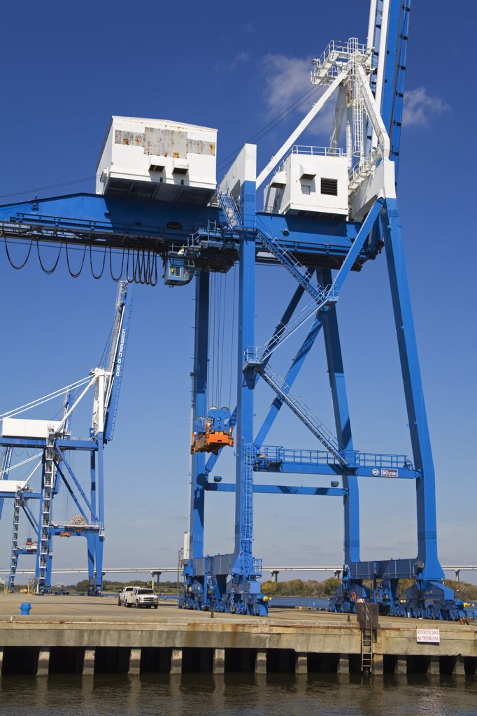 Stock Photo: 1486-11957C Crane at a port, Cooper River, Charleston, South Carolina, USA