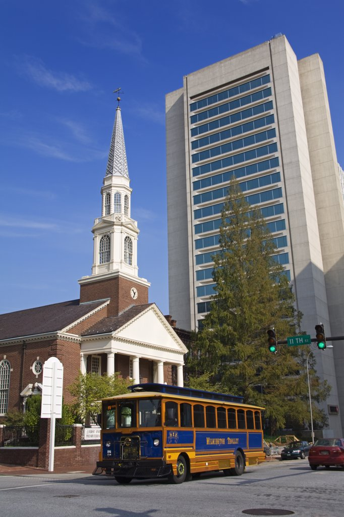 First & Central Prebyterian Church & HSBC Tower, Wilmington City, Delaware State, USA : Stock Photo